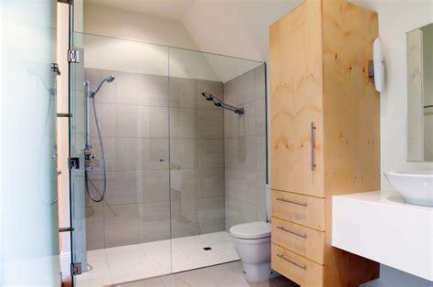 doccia a pavimento prezzi piatto doccia a filo pavimento prezzi posa pro e