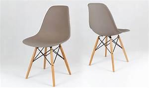 Chaise Capitonnée Taupe : chaise eames taupe avec pieds en bois house and garden ~ Teatrodelosmanantiales.com Idées de Décoration
