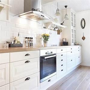 Ikea Cuisine Blanche : cuisine blanche parquet carrelage m tro cuisine pinterest cuisine blanche parquet et ~ Melissatoandfro.com Idées de Décoration