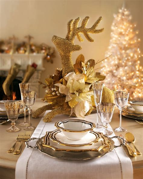 Elegant Christmas Table Decoration Ideas With