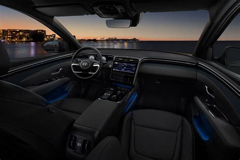 Tucson pushes the boundaries of the segment with dynamic design and advanced features. Neuer Hyundai Tucson auch als Hybrid & Plug-in-Hybrid ...