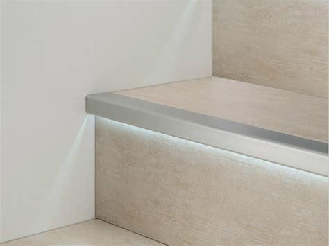 profilo paragradino  alluminio  led prolight prostep