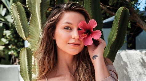 melissa benoist   wallpapers hd wallpapers id