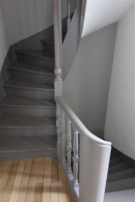 peindre escalier bois en gris 17 meilleures id 233 es 224 propos de poteau sur
