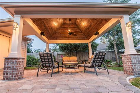 hip roof patio cover  copperfield hhi patio covers
