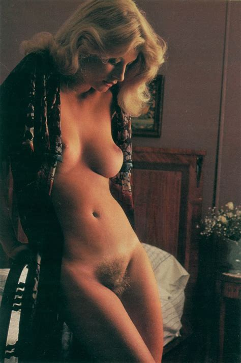 Vintage Nude Women Classic Nude Women