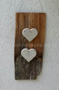 Feiner Beton Zum Basteln : bastelanleitung f r eine deko mit herzen aus beton basteln und dekorieren ~ Markanthonyermac.com Haus und Dekorationen