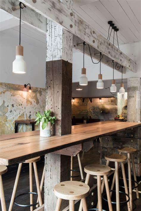 cuisine avec poteau au milieu on habille un poteau avec une table bar deco