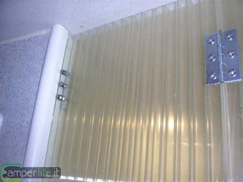 Porta rigida doccia su Rimor SB678 Camper Life