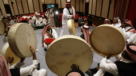 How Saudi Arabia's Pop Music Artists Use The Web To Find A