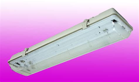 6ft 70w non corrosive weatherproof fluorescent light