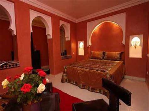 Warm Colors For  Ee  Bedroom Ee    Ee  Decorating Ee   In Moroccan Style