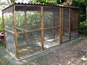 Here U0026 39 S A Simple Chicken Coop With Metal Roof  Also Notice