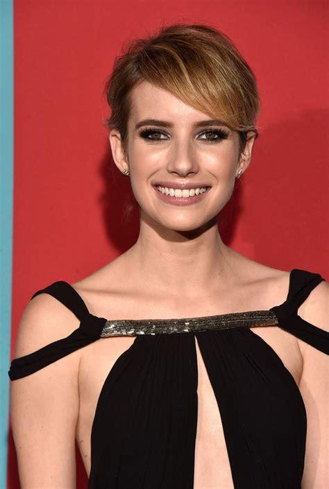 Emma Roberts At American Horror Story Freak Show Premiere ...