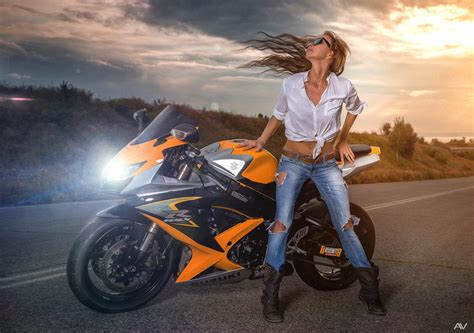 79+ Motorcycle Girl Wallpapers On Wallpaperplay
