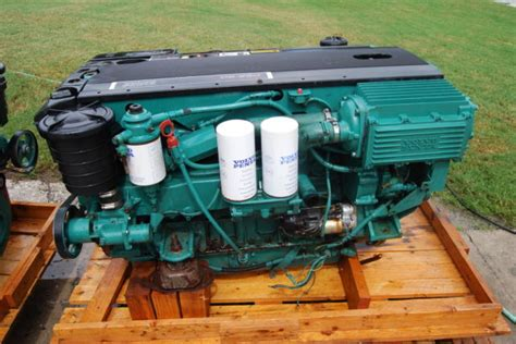 volvo penta   marine engine  dph drive transom