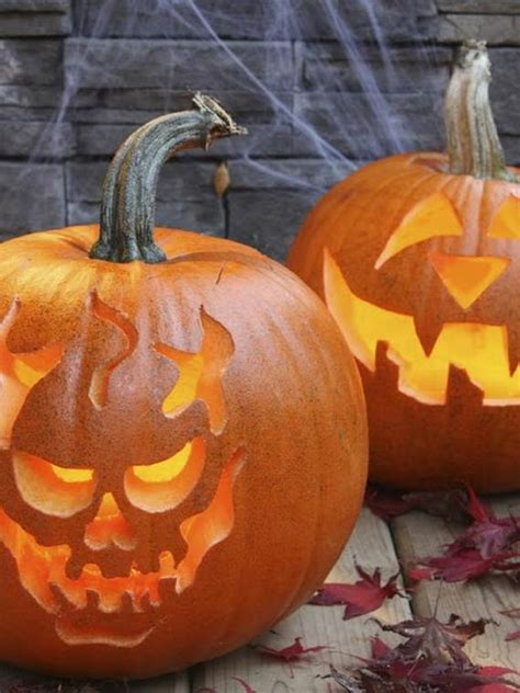 pumpkin carving ideas easy 70 cool easy pumpkin carving ideas for wonderful halloween day family holiday net guide to