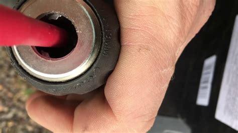 changing  keyless chuck  makita drill youtube