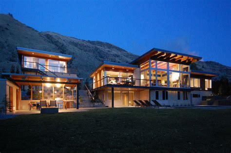 luxury contemporary house   river  washington