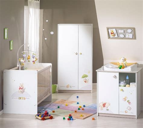 chambre b b autour de b b commode de chambre chambre bébé avec stickers photo 7 10