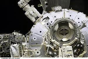 Space in Images - 2014 - 06 - Space Shuttle docking port