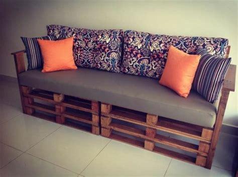 canap en palette en bois comment fabriquer un canapé en palette tuto et 60
