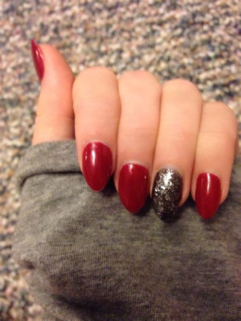 mountain peak pointed shaped acrylic nails red black