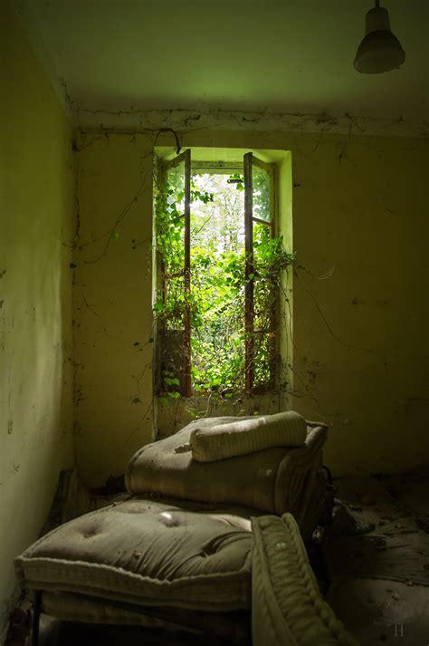 la chambre verte suspendu la chambre verte by himquare on deviantart
