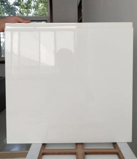 Kitchen Cabinet Paint Products by China Modern High Gloss White Paint Kitchen Cabinet Door