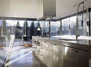 Modern kitchen interior designs contemporary kitchen design for Modern house kitchen interior design