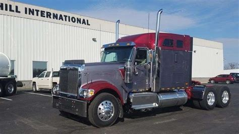 2018 International 9900 Sleeper Semi Truck For Sale