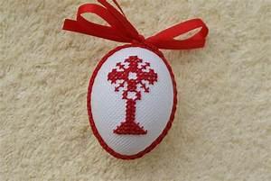 Ostereier Zum Aufhängen : hier biete ich ihnen ein sehr sch nes handbesticktes osterei zum aufh ngen an das ei ist ~ Orissabook.com Haus und Dekorationen