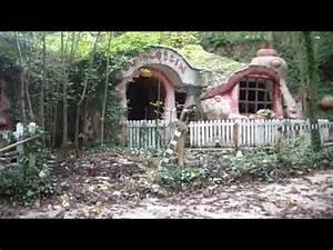 Derelict Blobbyland Abandoned Mr Blobby39s House Theme