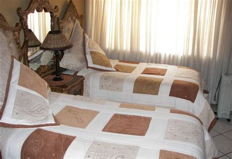 Orlando Bed And Breakfast by Nthateng Bed And Breakfast Orlando West Accommodation