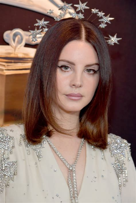 Lana Del Rey Hair And Makeup At The Grammys 2018 Red