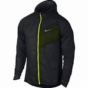 Nike Mens Impossibly Light Running Jacket Black Volt