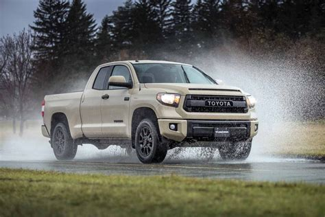 tundra truck 2018 toyota tundra redesign engines release date price