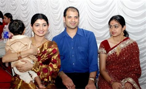 actress divya unni marriage photos malayalam actress divya unni and sudhir sekharan marriage
