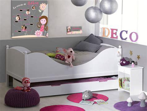 deco fee chambre fille décoration univers de fée pour chambre de fille