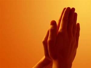 Free Praying Hands computer desktop wallpaper