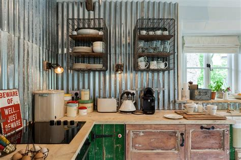 cuisine original un dosseret de cuisine tendance et moderne en métal