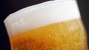 Getränke Kühlen Ohne Strom : bier k hlen so bleibt die flasche ohne strom lange kalt ~ Michelbontemps.com Haus und Dekorationen
