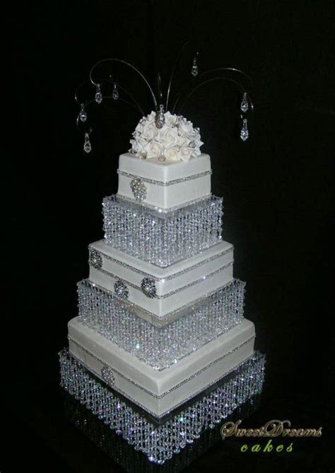 diy wedding cake stand chandelier cake stand