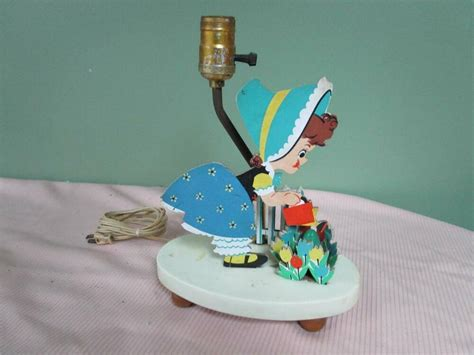 Vintage Dolly Toy Co. Childrens Nursery Night Light/lamp