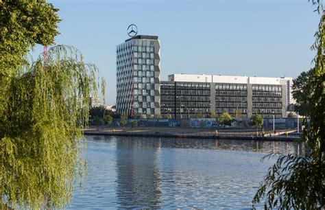 Der zugehörige postleitzahlbereich ist 10785 und gehört somit zum ort berlin. Ordentlich gefaltet: Mercedes-Benz Vertriebszentrale in Berlin - DETAIL - Magazin für ...