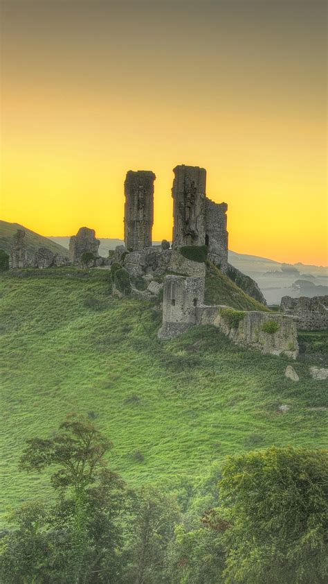 countryside view  corfe castle isle  purbeck