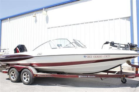 Used Fish And Ski Boats For Sale In Tennessee by Triton Stratos Fish And Ski Sf21 2003 For Sale For 16 000