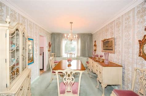 1950s Fireplaces by Toronto Woman 96 Lists Her Impeccably Maintained Time