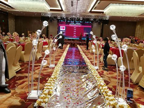 2018 Artificial Flower Wedding Road Lead Silver Gold Arch