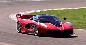 Ferrari Fxx K Prix : vid o la furie de la ferrari fxx k sur la piste de fiorano les voitures ~ Medecine-chirurgie-esthetiques.com Avis de Voitures